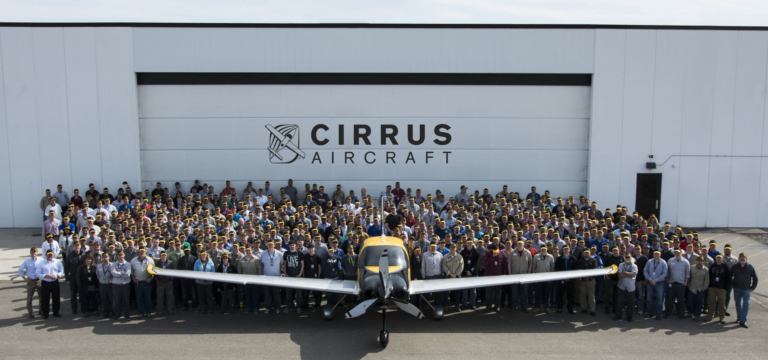Cirrus Aircraft Celebrates 6,000th Airplane Delivery