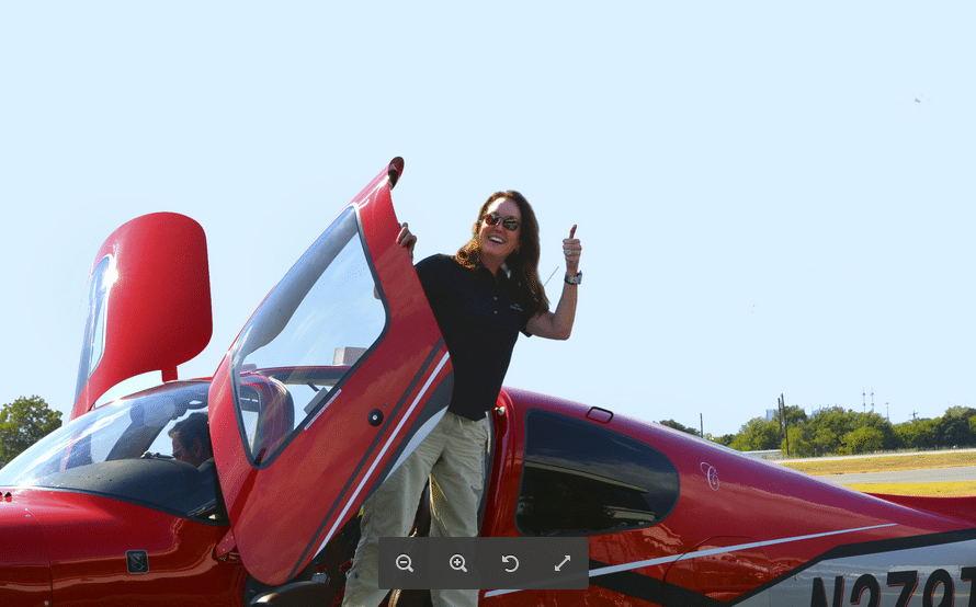Cindy Weber has Gone from Professor to Pilot Thanks to Her Cirrus