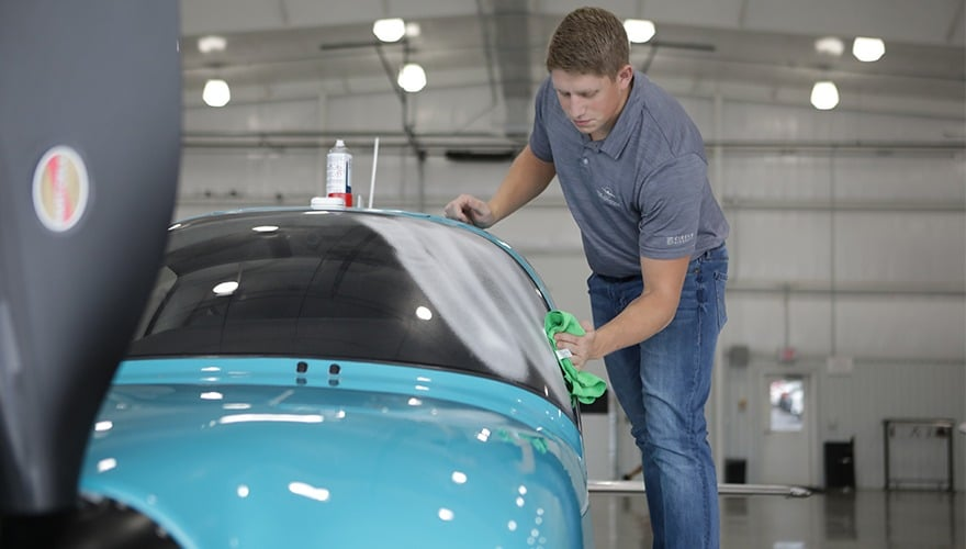 How to Clean Your Cirrus Aircraft